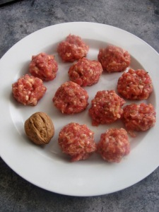 Rolled meatballs
